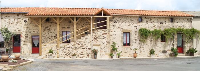La Courillère Chambres d'hôtes à 10 minutes du Puy du Fou