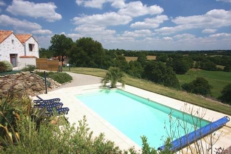 Gites de groupes de la marinière avec piscine privative en Vendée