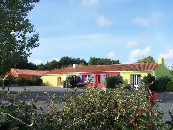 Gites de groupes grande capacité 40 personnes en Vendée avec salle de réception