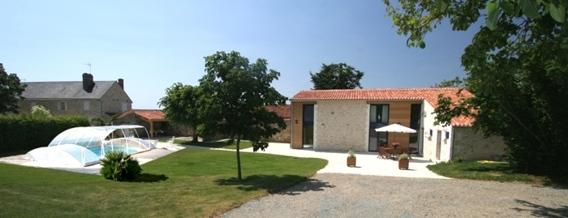 Gite avec piscine privée couverte en Vendée