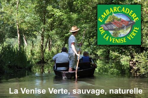 Balade en barque dans le Marais Poitevin avec  l'Embarcadère de la Venise Verte