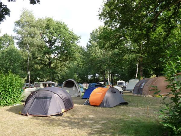Location d'emplacements pour tentes ou caravanes proches du puy du Fou