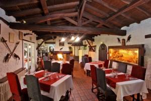 Pour la Saint Valentin, offrez-vous un restaurant en amoureux - La Chaumière