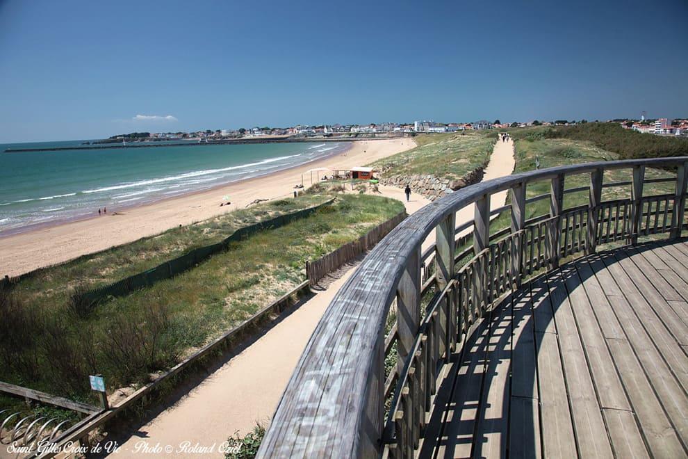 Grande plage de Saint Gilles Croix de Vie pour des vacances pas cher